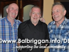 central_lounge_present_cheque_to_balbriggan_cancer_support_group_28mar14_4