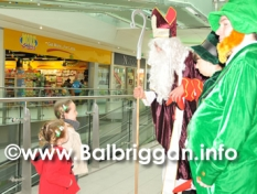 Millfield_shopping_centre_balbriggan_st_patricks_day_2013_14