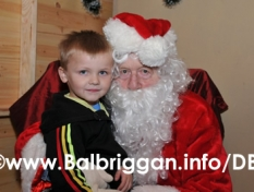 santa_at_balbriggan_cancer_support_group_08dec12_22
