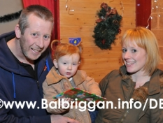 santa_at_balbriggan_cancer_support_group_08dec12_27