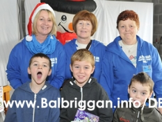 santa_at_balbriggan_cancer_support_group_08dec12_30