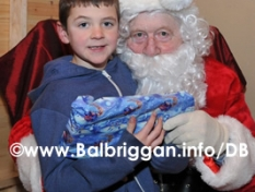 santa_at_balbriggan_cancer_support_group_08dec12_34p