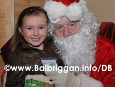 santa_at_balbriggan_cancer_support_group_08dec12_39p