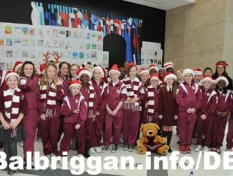 st_teresas_ns_millfield_carol_singing_11dec11_5