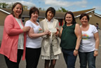st_peter_and_pauls_present_cheque_to_balbriggan_summerfest_21may13_smaller