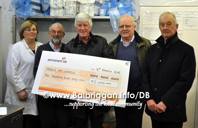 balbriggan_meals_on_wheels_cheque_lions_club_29mar16