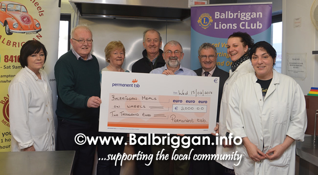 lions club presenet cheque to remember us 15feb17