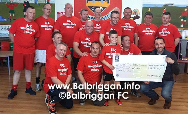 balbriggan_fc_coaches_present_cheque_to_diabetes_ireland_26apr17