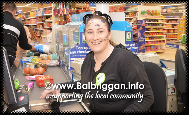 Tricks and Treats at Millfield shopping centre in Balbriggan 28oct17_11