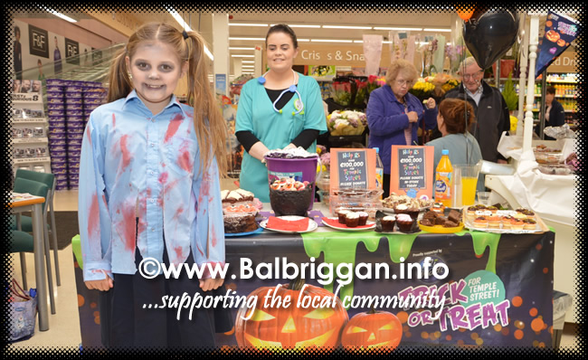 Tricks and Treats at Millfield shopping centre in Balbriggan 28oct17_5