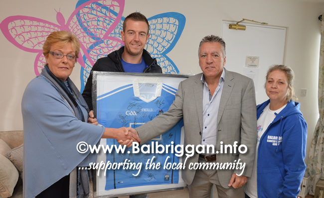Bridie Carr and Daarren Carr donated €1000 to Balbriggan Cancer Support Group