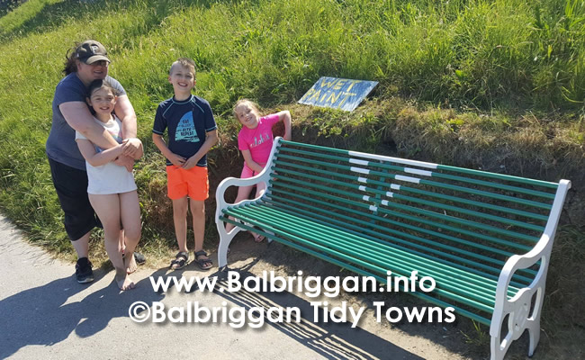 Tegen & Emma Brady, James & Lillian Kelly and their O'Dwyer's bench.