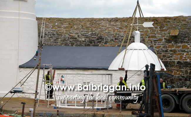 lighthouse_dome_arrives_in_balbriggan_17sep18_5