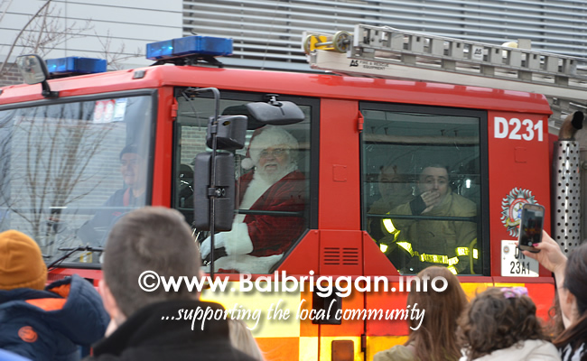 santa arrives at Millfield Balbriggan 24nov18