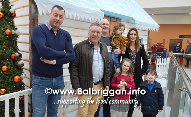 santa arrives at Millfield Balbriggan 24nov18_11