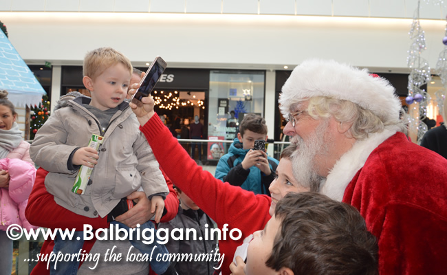 santa arrives at Millfield Balbriggan 24nov18_6
