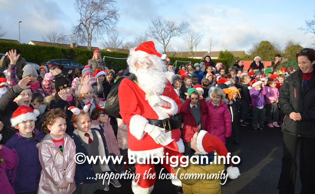 Garda Band & Community Gardai visit to 3 Balbriggan Schools 20dec18_12
