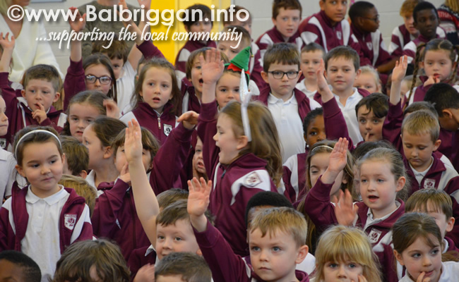 Garda Band & Community Gardai visit to 3 Balbriggan Schools 20dec18_16