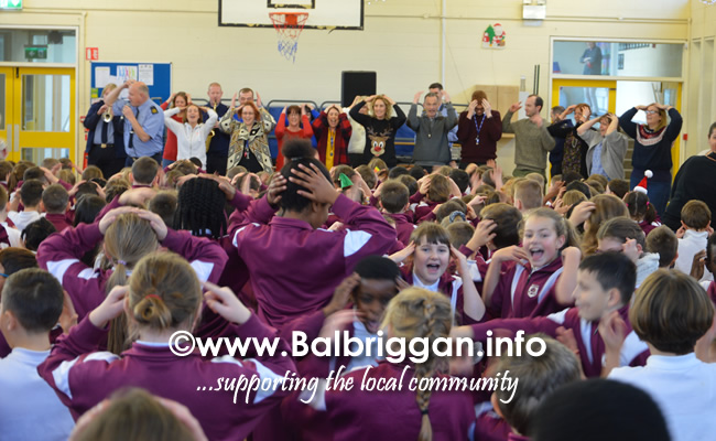 Garda Band & Community Gardai visit to 3 Balbriggan Schools 20dec18_17