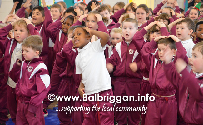 Garda Band & Community Gardai visit to 3 Balbriggan Schools 20dec18_18