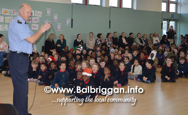 Garda Band & Community Gardai visit to 3 Balbriggan Schools 20dec18_3