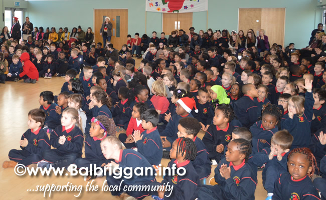 Garda Band & Community Gardai visit to 3 Balbriggan Schools 20dec18_4