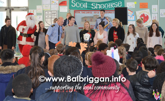 Garda Band & Community Gardai visit to 3 Balbriggan Schools 20dec18_5