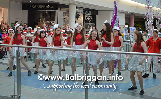 lorraine jackson stage school christmas display millfield balbriggan 01dec18