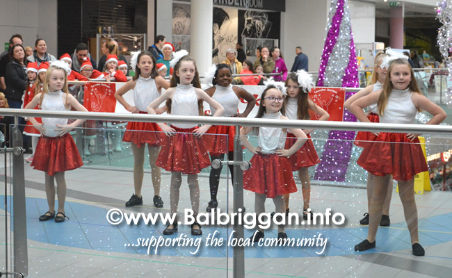 lorraine jackson stage school christmas display millfield balbriggan 01dec18_6