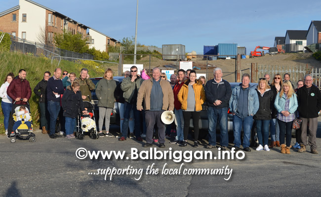 group meet to oppose the Castlelands Masterplan in Balbriggan 07may19_2