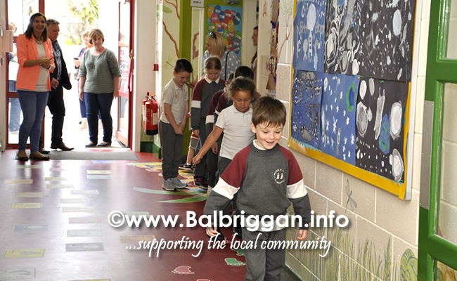 Ss Peter and Pauls Junior National School Balbriggan sensory corridor 17jun19_14