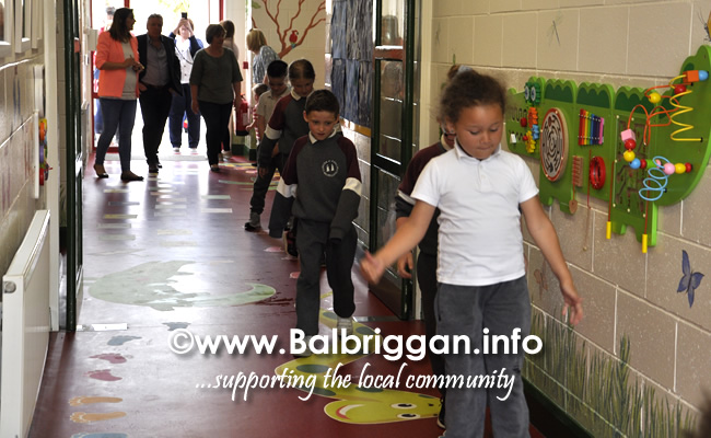 Ss Peter and Pauls Junior National School Balbriggan sensory corridor 17jun19_15