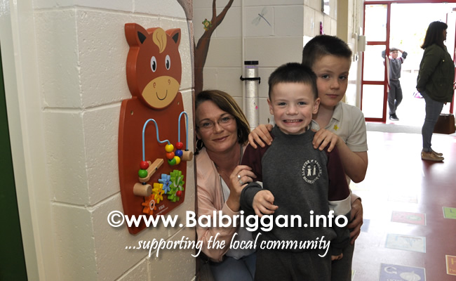 Ss Peter and Pauls Junior National School Balbriggan sensory corridor 17jun19_9