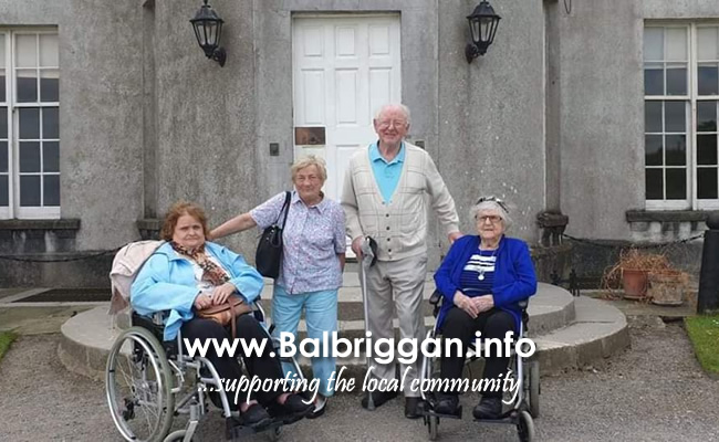 Balbriggan Meals on Wheels trip to Ardgillan Castle