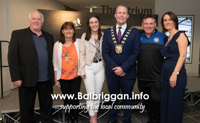 European Youth Champion boxer Niamh Fay honoured with civic reception at FCC nov19