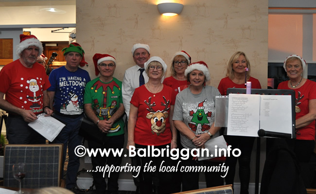 Balbriggan golf club present cheques to Remember us and Balbriggan Cancer Support Group 14dec19_3