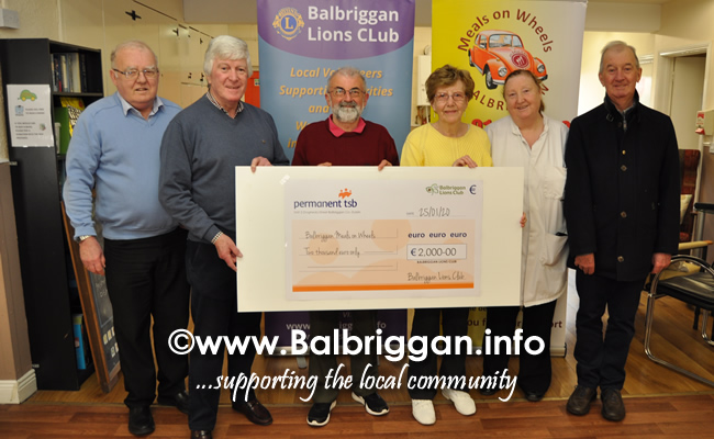 lions club present cheque to Balbriggan meals on wheels 25jan20
