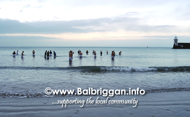 Tipperary take a dip in the sea at Balbriggan after a successful game against Louth 02feb20_4