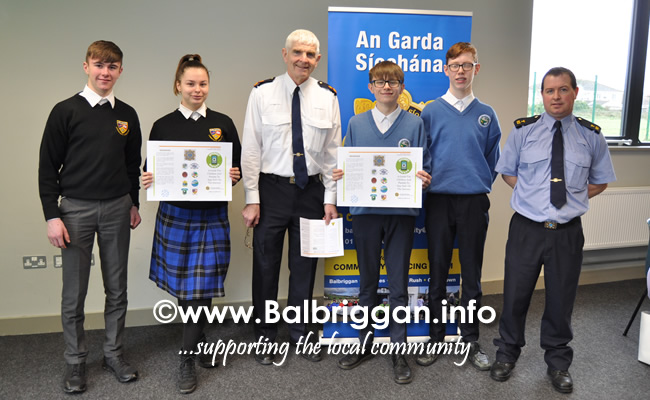 Launch of Online Safety Leaflet for Secondary Schools Children and Parents in Balbriggan 28feb20_2
