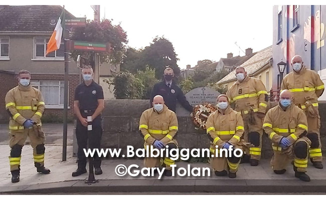 Fire fighters from Balbriggan laid a wreath at the memorial of Sean Gibbons and Seamus Lawless_3